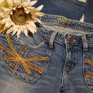 Light wash Hudson Boho woman's jeans size 29